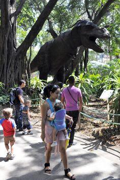 Dinosaurios en la Habana.  FOTO: Roberto Suárez