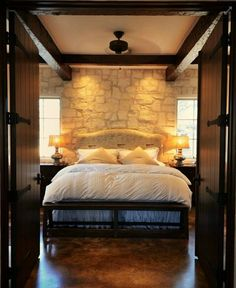 Small stone cottage Fredericksburg TX bedroom