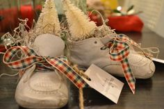 adorable baby shoes trimmed for the holidays @ http://www.chartreuseandco.com/tagsale