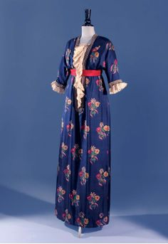 1911 dress by Paul Poiret; fabric designed by Roul Dufy.