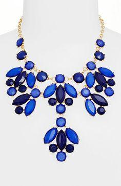 Stone bib necklace http://rstyle.me/n/eqxc7nyg6