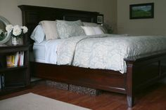 Modified Farmhouse Bed | Do It Yourself Home Projects from Ana White