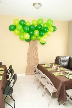 Safari Party Decor Tree- made out of packaging paper and balloons
