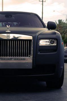 Rolls-Royce matte black