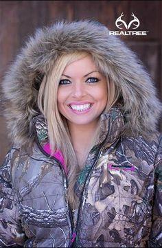 Realtree Xtra Camo Women Bubble Jacket  #realtreextra #huntingwomen