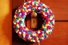 pom poms wreath #diy #craft #christmas