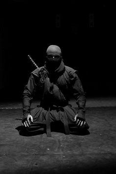 Waiting… warrior, ninjutsu, japan, shinobi, samurai, inspir, martial art, ninjas, black