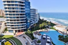 2 Bedroom Apartment For Sale in Umhlanga Rocks | Wakefields Estate Agents