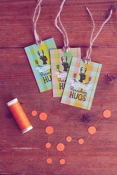 FREEBIE: 'Peace, Love and Reindeer Hugs' Gift Tags » Eat Drink Chic