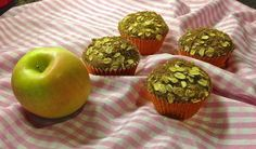 This is a healthy whole wheat apple muffin recipe that tastes delish.