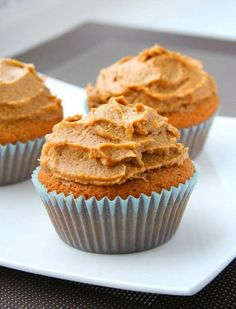 collecting memories: Coffee Cupcakes. What a brilliantly yummy use of coffee!  I think I would forgo the instant coffee & use the real deal...nothing like high quality Ricks Roasters coffee to jazz it up!
