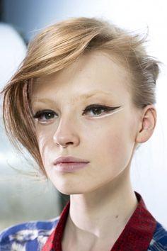 makeup eyes, eye makeup, giambattista valli, cat eyes, hair beauty, makeup ideas, black white, eye liner, catey makeup