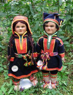 Finnish dolls, Sami costumes.