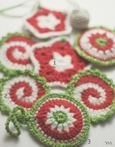 Free Crochet Pattern - Pinwheel Pot Holder from the