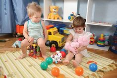 Connecting One Piece at a Time: Play:  Next Stepson play. Observing and parallel play.