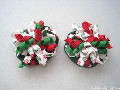 Christmas Ruffle Bows - {The Ribbon Retreat Blog}