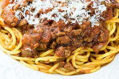 A hearty bolognese sauce that cooks all day in your slow cooker