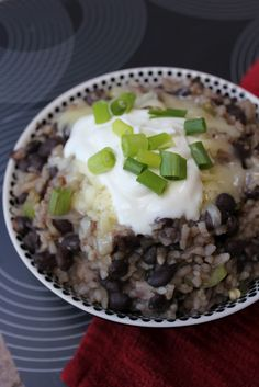 Cuban Black Beans & Rice--healthy, filling & full of flavor. Makes a great side dish to any Mexican flavored recipe! (Deals to Meals)