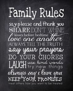 FREE family rules chalkboard printable. Want to pin this to each of the kids' foreheads.