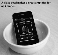 A bowl as speaker for an iPhone