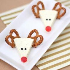 Edible reindeer craft: Cheese Rudolph. A fun Christmas appetizer idea!