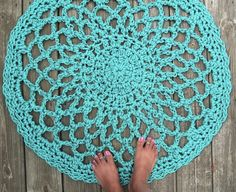 Your Home is Lovely: chic interiors on a budget: Crochet rugs