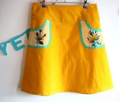 hipskirt woman, yellow/mint skirt, contrast pocket
