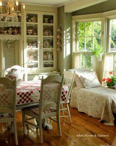 Tea With The Lovely Carolyn Aiken