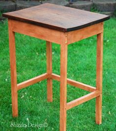 Primitive Accent Table painted in CeCe Caldwell's Georgia Clay; finished in dark wax.  See more at: http://alittlebitoshizzle.blogspot.com/2012/05/primitive-petite-wooden-table.html