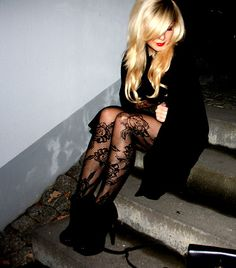 Pattern tights & booties