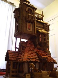 8 Amazing Gingerbread Houses