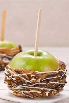 Outrageous Caramel Apples #pauladeen