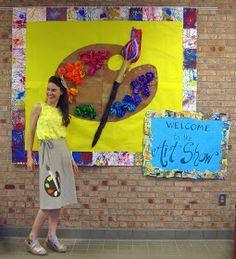 elementary art setting up the room Art bulletin board display show