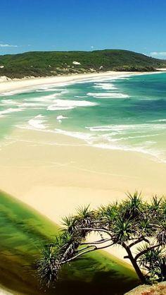 ^Fraser Island, Queensland, Australia