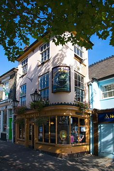 The Nutshell, Bury St Edmunds, Suffolk - the smallest pub in Britain