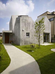 House in Kohoku by Torafu #interior #design #architecture #house