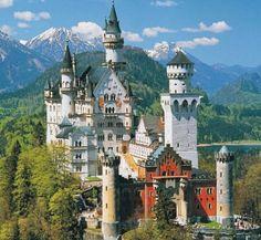 Schloss Neuschwanstein - Neuschwanstein Castle - German Castle