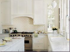 window, hoods, kitchen backsplash, marbles, range hood, subway tiles, white cabinets, countertop, white kitchens