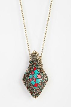 Long chain bottle necklace #urbanoutfitters