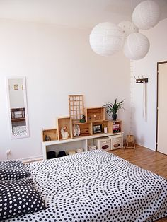 My bedroom!  http://www.princesse-aux-bidouilles.com/
