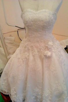 Victoria Njane  Wedding  Boutique  +66 0841614696  napopboutique@hotmail.com