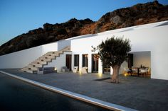 Summer House in Naxos / Phoebe Giannisi & Kotionis Zissis