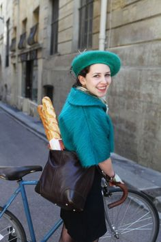French style cycle chic: Beret et Baguette Paris 2013 #cycling