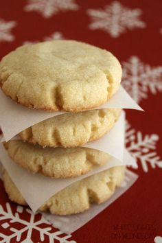 Apple Cider Button cookies give you the aroma of the season with apples and spices. They look like a sugar cookie, but give a great holiday flavor surprise.