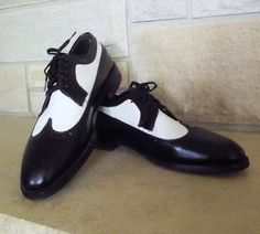 MENS Wingtips 9 Vintage Shoes Leather 50s 60s Two Tone Oxfords Brogues. $125.00, via Etsy.
