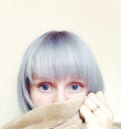blue-grey hair bang