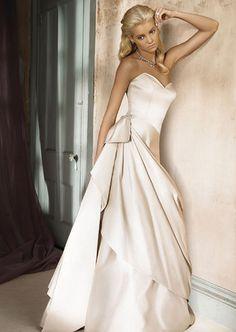 Gorgeous #bride<3 www.brayola.com