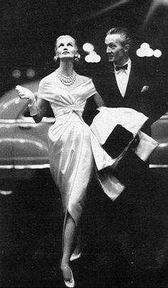 Sunny Harnett wearing Givenchy, 1954 - Photo by Richard Avedon