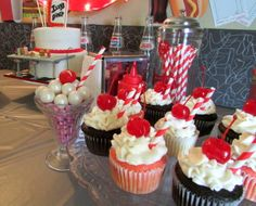 Cute milkshake cupcakes at a Retro Diner Party #retrodiner #cupcakes
