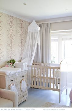 This is the most gorgeous Nursery I have ever seen. I would most definitely love to have this for one of my future kids.